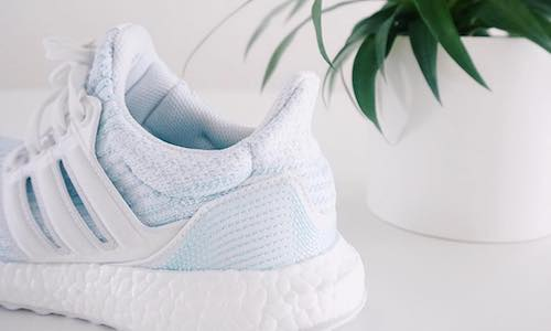 adidas Ultra Boost Parley – Ftwr White / Icey Blue