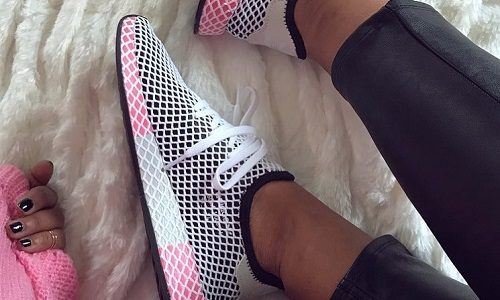 adidas Originals Deerupt W – Core Black / Chalk Pink