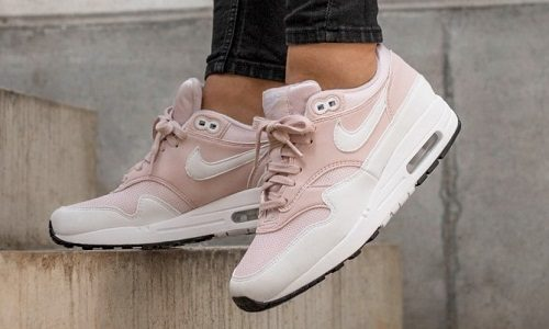 Nike Air Max 1 – Barely Rose / White