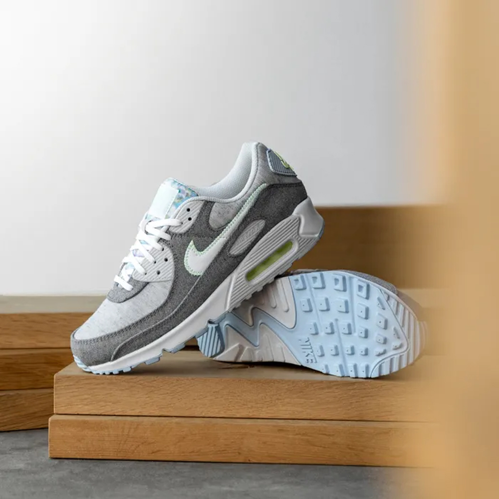 CK6467_001_Nike-Air-Max-90-Recycled-Canvas-Pack
